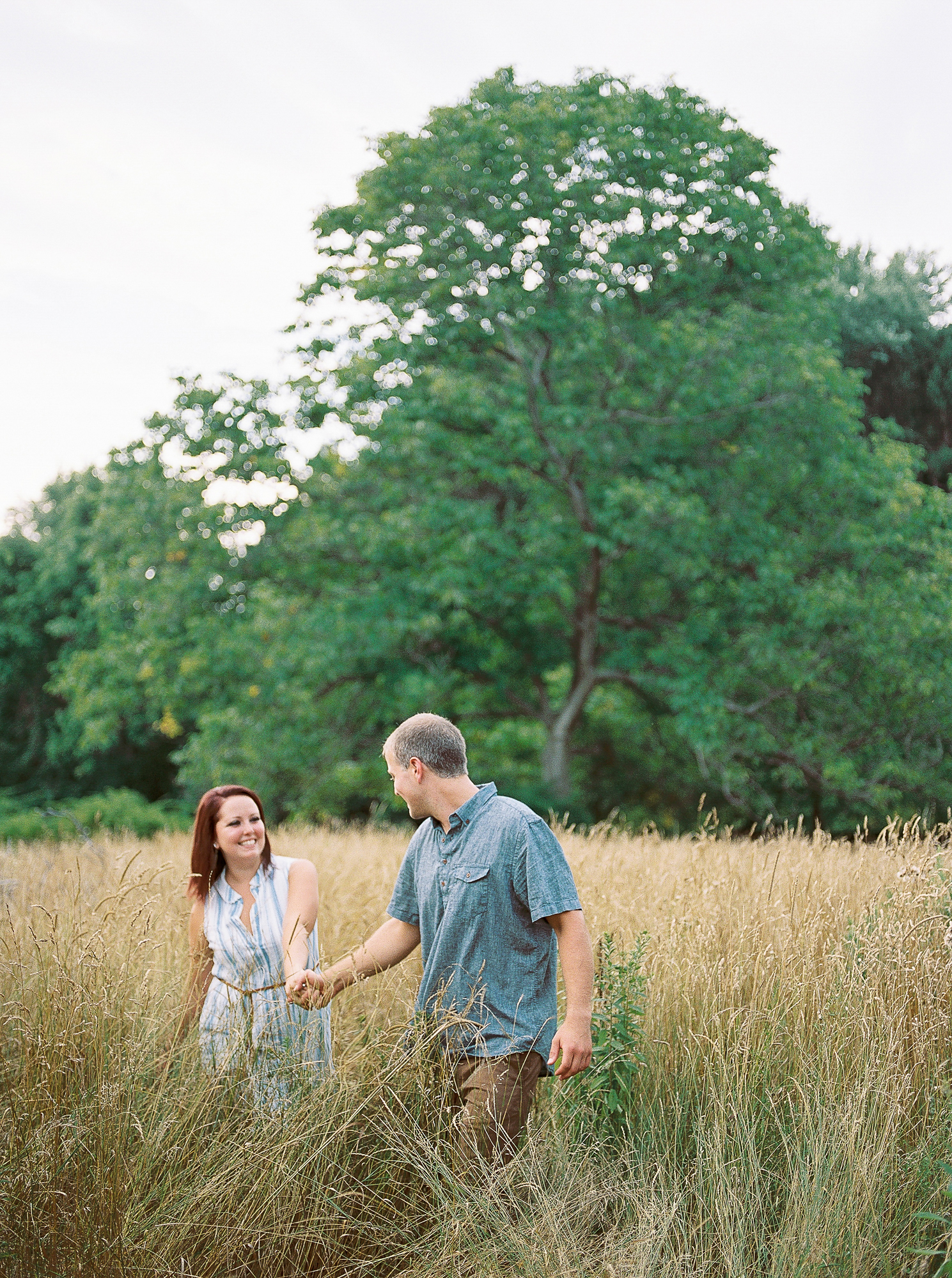 Alexandra-Elise-Photography-Ali-Reed-Film-Farm-Engagement-Session-004