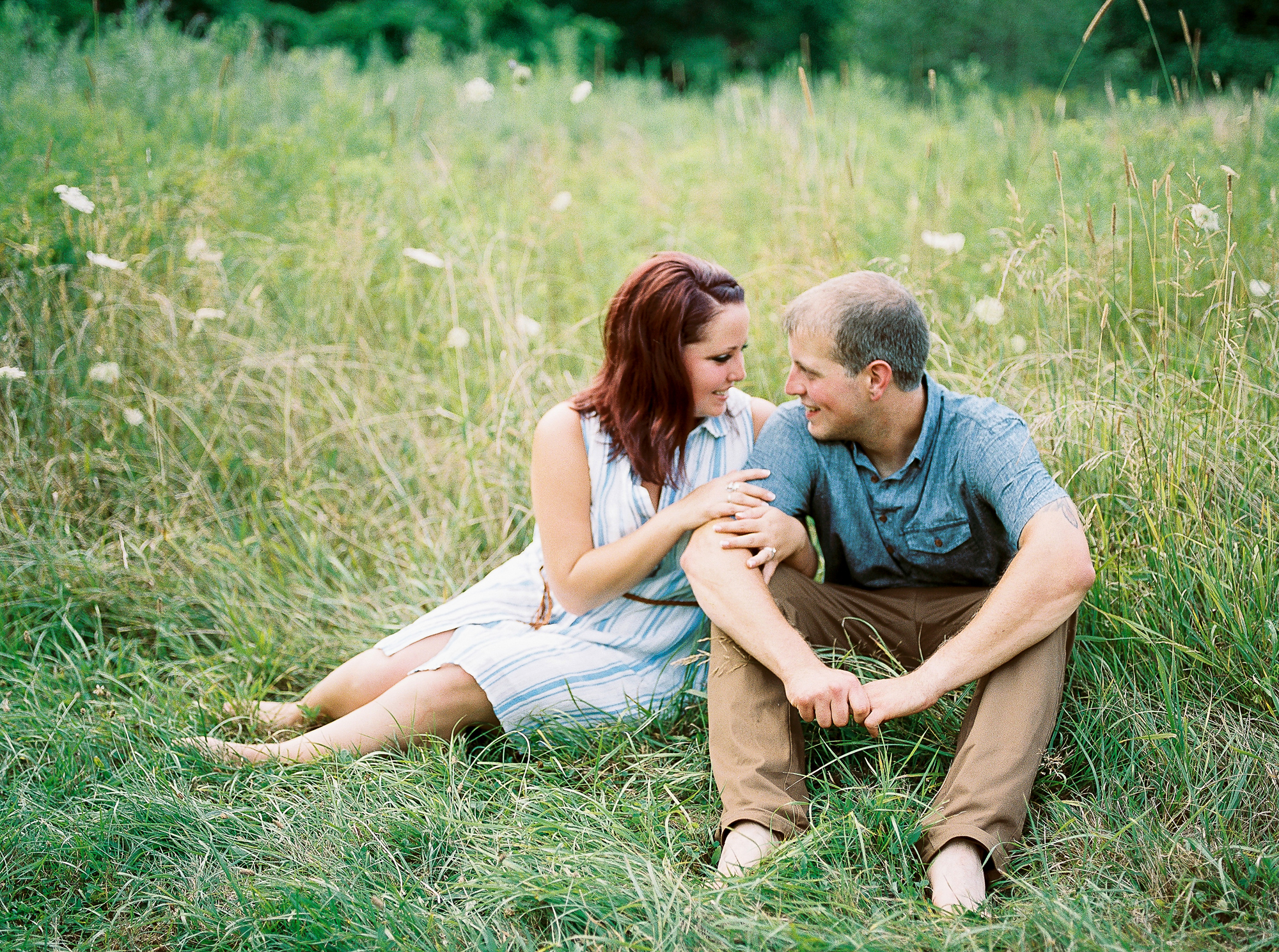 Alexandra-Elise-Photography-Ali-Reed-Film-Farm-Engagement-Session-007