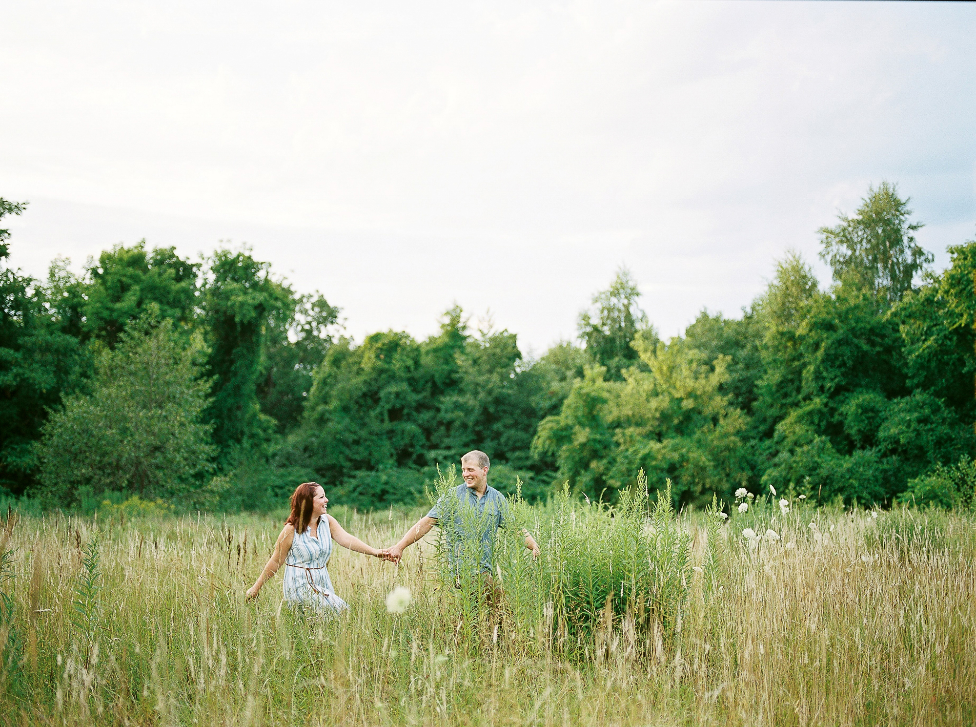 Alexandra-Elise-Photography-Ali-Reed-Film-Farm-Engagement-Session-011