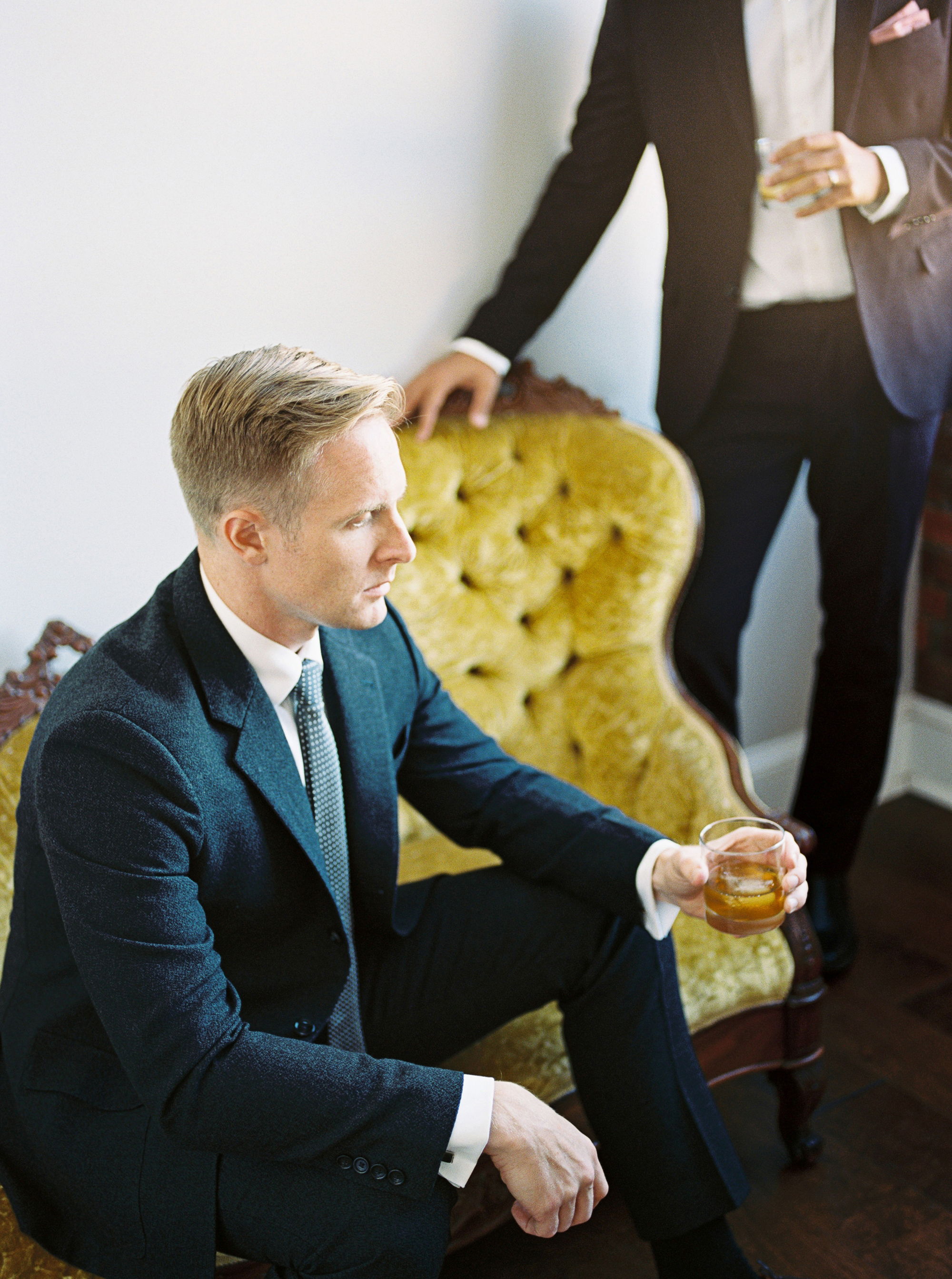 alexandra-elise-photography-mens-style-groom-style-film-wedding-photography-011